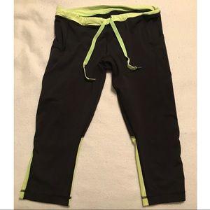 Lululemon Exercise Leggings Size Medium
